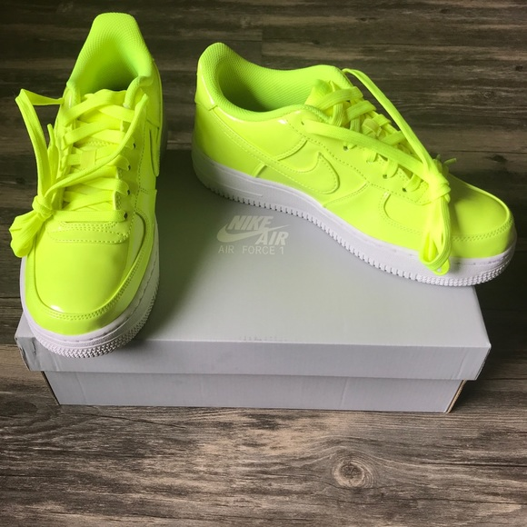 Nike Air Force 1 LV8 UV (GS). Volt. Multiple sizes NWT